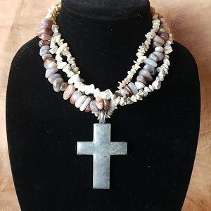 Gorgeous 3 strand stone necklace